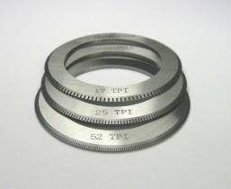 Tech-ni-Fold micro-perforator blade